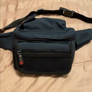 Black utility fanny pack